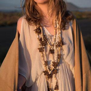 Jil d hostun, bijoux boheme, sautoirs papillons, bijoux boho chic, bijoux bohemian, sautoirs daisy, bijoux rock, bijoux femme boheme, sautoirs en perle