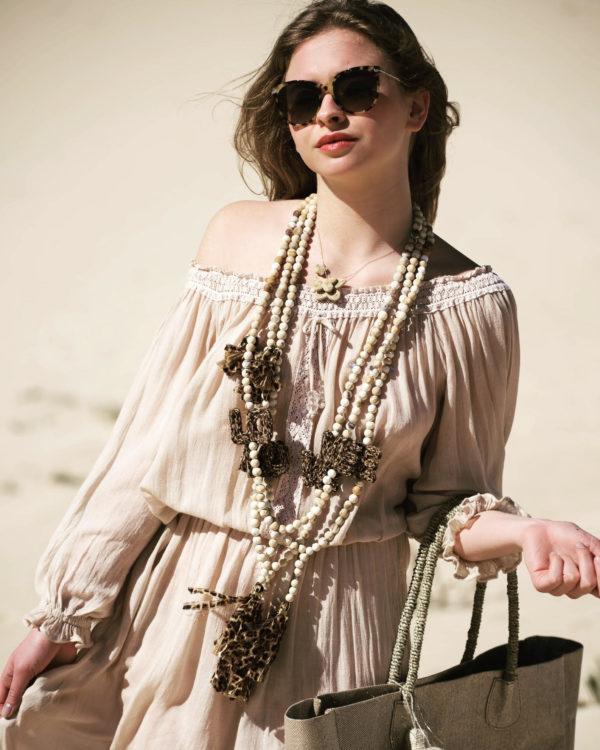 bijoux boheme, sautoirs boheme, Jil d hostun, bague boheme, bague boheme chic, boho necklace, butterfly necklace, love necklace, bijoux de luxe, sautoirs love