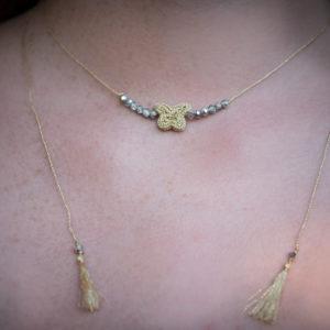 Collier Ultra Fin Papillon Doré et petites perles Diamant